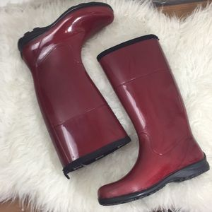 Kamik red all weather boots